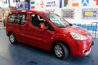 Click to view details about PEUGEOT PARTNER TEPEE S 1.6HDI 75PS C/W TWIN SLIDING DOORS MPV / PEOPLE CARRIERS