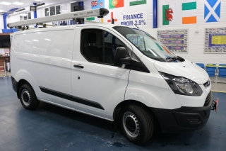 Click to view details about FORD TRANSIT CUSTOM 290 2.0TDCI 105PS SWB VAN (EURO 6) Medium Vans