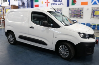 Click to view details about PEUGEOT PARTNER PROFESSIONAL 1.5BHDI 102PS L1 VAN Small Vans
