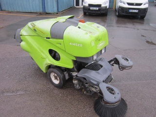 Click to view details about TENNANT 41452D GREEN MACHINE SWEEPER