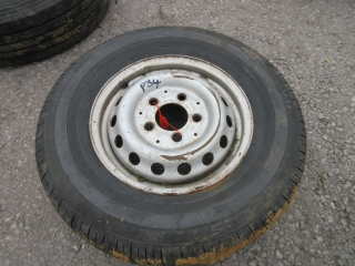 Click to view details about 1x AVON AV11 225 70 15 WHEEL & TYRE