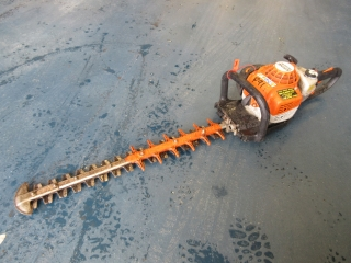 Click to view details about STIHL HS82RC HEDGECUTTER